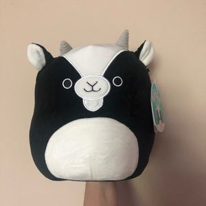 """NWT 8"""" Gregory the Goat Squishmallow"""